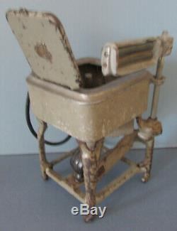 Old Original Cast Iron Toy Maytag Washing Machine, Complete, Not A Sample A Toy